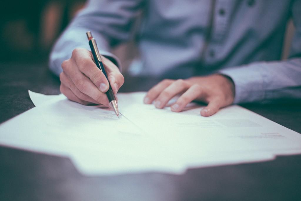 Unterschrift Werbevertrag Abizeitung