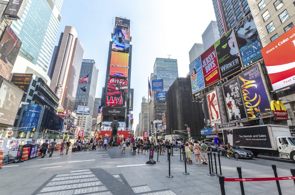 Ein Ort, der berühmt ist für seine Werbung: Der Times Square in New York.