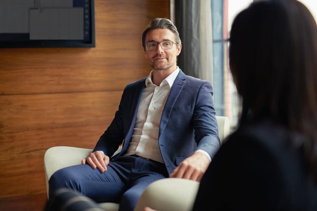 Recherche für die Firmenchronik (Interview)