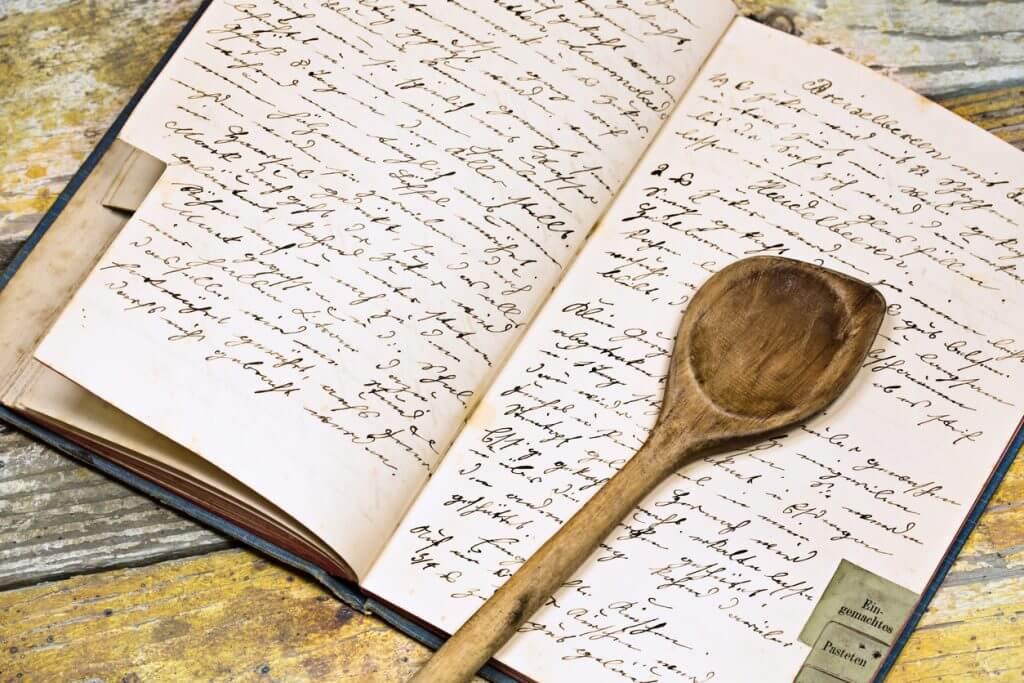 Altes Kochrezept in Handschrift