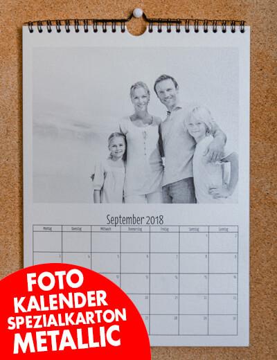 Fotokalender auf Spezialkarton Metallic Struktur online erstellen