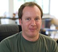 Mitarbeiter Tobias Erhard